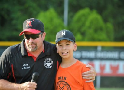 Alex Rodriguez, who is congratulated by league president Mark Meara.